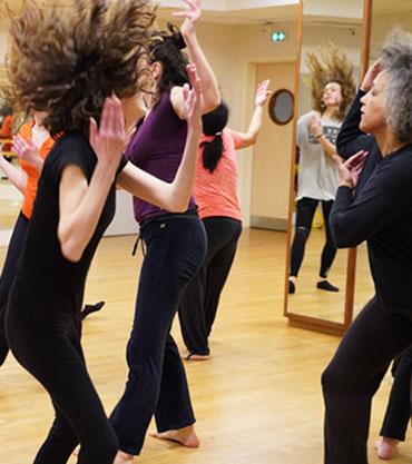Cours d'essai de danse africaine et bien-être